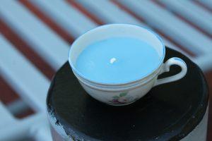 Ceasca albastra